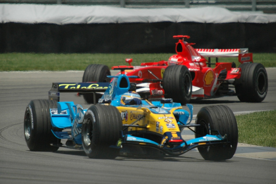 Alonso_+_Schumacher_2006_USA.jpg