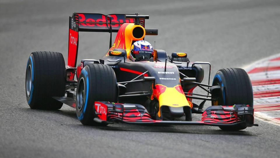Red-Bull-RB12-2.jpg
