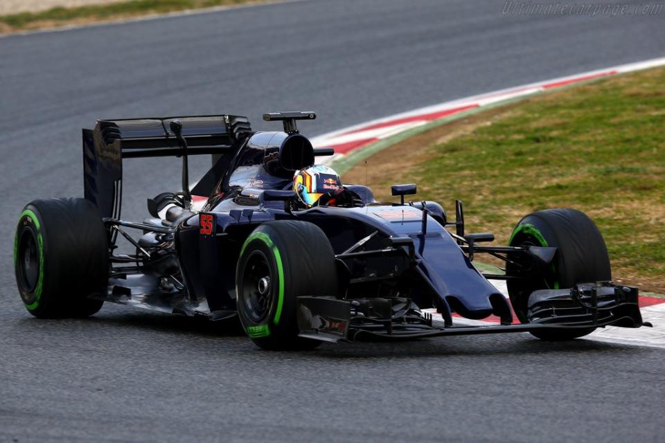 Toro-Rosso-STR11-Ferrari-1.jpg