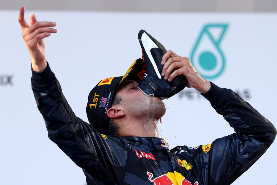 daniel-ricciardo-celebrates-his-win-at-the-2016-malaysian-grand-prix.jpg
