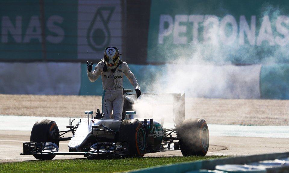 2016-Formula-1-Malaysia-GP-Lewis-Hamilton-climbs-from-his-smoking-car.jpg